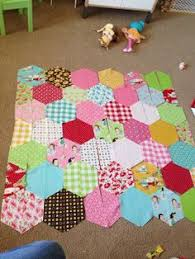 How to make a hexagon quilt with half hexies – free quilt pattern ... & glamping half-hexie quilt tutorial - with template for a layer cake Adamdwight.com