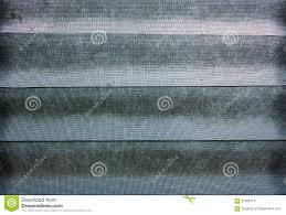 Dunkles Dusty Grunge Venetian Glass Blind Fenster Mit Verdrahtetes