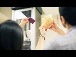 Secrets of the <b>conch shell</b> and its toughness - YouTube