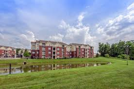 Houses For Rent 46227 Bedroom Apartments Apartment Four Greenwood Indiana  Beacon Pointe In Iupui Riverwalk Cost ...