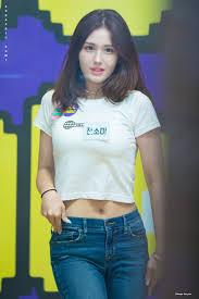somi pics #BIRTHDAY on Twitter | Korean beauty girls, Cute korean girl,  Korean beauty