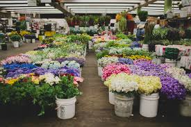 los angeles flower mart how to the la flower market green wedding shoes weddings