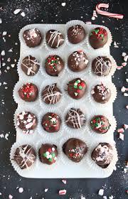 christmas oreo balls. Contemporary Christmas Oreo Truffles Via A Beautiful Mess And Christmas Balls E