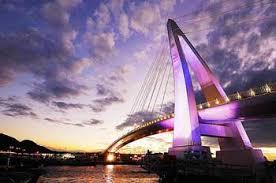 Modern Bridge by Matthew Fang on flickr