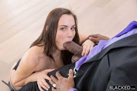 Young Pussy Gets Pounded EPORNER Free HD Porn Tube