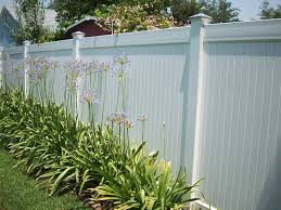 Delighful Vinyl Privacy Fence Ideas Photo 02 To Inspiration Decorating