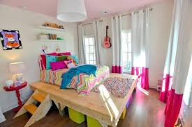 good luck charlie bedroom for her room randy and youngest daughter wanted a  platform good luck . good luck charlie ...