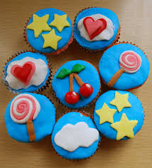 11 Cupcakes And Cake Designs Fondant Photo Cupcakes Decorated With