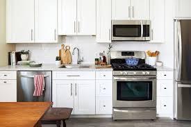 granite countertop in farmhouse hampton kitchen