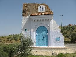 Resultado de imagen de puerta azul de morocco