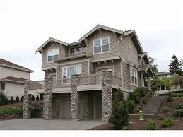 035h 0012 two story sloping lot house