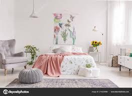 Naturliebhaber Helle Schlafzimmer Einrichtung Mit Einer