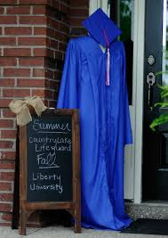 how to decorate graduation cap is that simple. Decorate With Cap And Gown More How To Graduation Is That Simple A