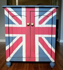 painted furniture union jack autumn vignette. Union Jack End Table. Furniture RedoFurniture ProjectsPainted Painted Autumn Vignette