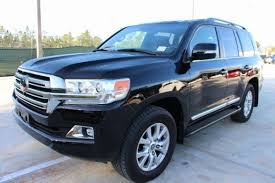 TOYOTA LAND CRUISER 2016 BLACK JEEP - SUV - Kuwait City - Kuwait -