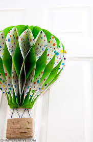 DIY Hot Air Balloon Decor || OHMY-CREATIVE.COM | Paper Hot Air