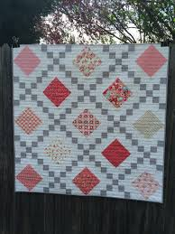 Quilt tutorial! Jenny teaches you how to make an Irish chain quilt ... & Make Single, Double & Triple Irish Chain Quilts with Craftsy - love the  wavy quilting Adamdwight.com
