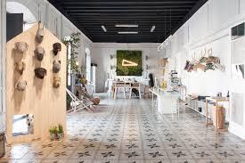 Trendy office Lounge Design Peek Inside Softheads Trendy Office In Barcelona Officelovin Peek Inside Softheads Trendy Office In Barcelona Officelovin