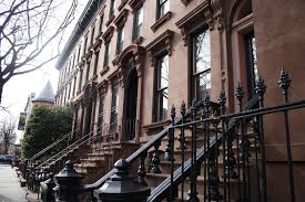 Reasons Why NYC Is The Greatest City In The World - New york apartments outside