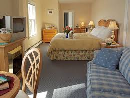 cape cod hotels accommodations bed breakfast inns waterview orleans waterfront inn ma 02653