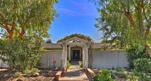 cole ranch rd olivenhain homes are highly sought after due to the beautiful munity diser the essence of olivenhain in this fabulous single level