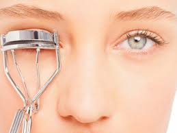 how to use eyelash curler. eye openers: 6 of the best eyelash curlers how to use curler c