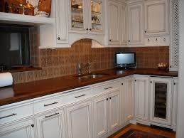 Tv In Kitchen Glazed Vs Unglazed Cabinets What To Do