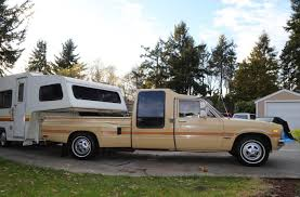 Updated] This '81 Toyota Dually Could be the Perfect Summer Road ...