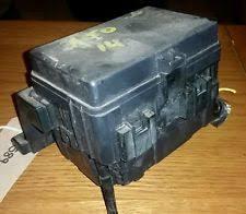 suzuki fuses fuse boxes 09 14 suzuki alto 1 0 petrol engine bay fuse box fusebox