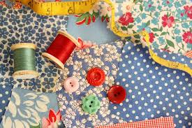 Use This Easy Method to Make Quilt Binding Strips & How to Choose a Quilt Binding Fabric and Method Adamdwight.com