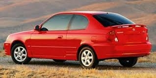 2005 hyundai accent gls 3 door hatchback coupe automatic transmission
