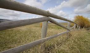 image of how to install wooden fence posts