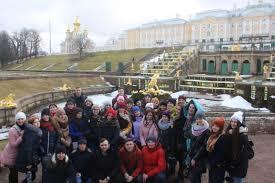 Музейная практика студентов историков Воронежского  После экскурсии мы смогли ещё полюбоваться Финским заливом Вечером мы отправились в Эрмитаж где стали зрителями занимательного зрелища мы были как раз в