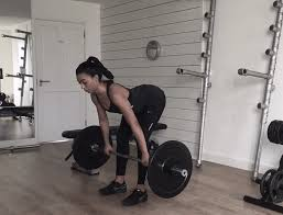 deadlift form gif how to drop a dress size by lifting heavy weights byrdie uk