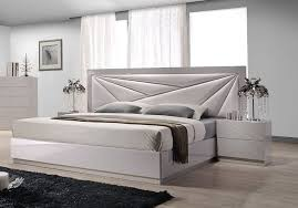Lacquered Leather Modern Platform Bed With Extra Storage Beds