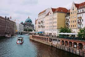 بالصور.. برلين.. متحف مفتوح يعشقه 22 مليون سائح سنويا