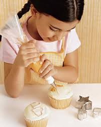 Cupcake Kitchen Decor Sets The Icing On Top 16 Tips For Decorating And Displaying Cakes