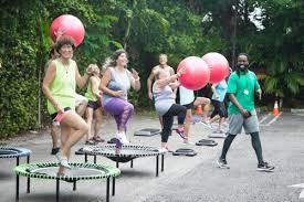 """Résultat de recherche d'images pour """"photo trampoline raw food world retreat"""""""