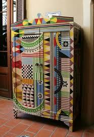 Bunt Bemalte Möbel Streichen Pinterest Bunt Bemalte Möbel Zweifachschrank Kommode Muster Interessant Zum Selbermachen Für Mehr Farbe Zu Hause Ideen
