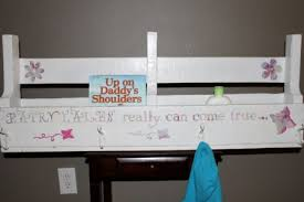 Girls Coat Rack I Want That Crafts Girls Painted Pallet Shelf And Coat Rack 93