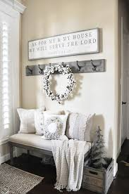 38 cozy and inviting winter entryway décor ideas farmhouse style cotton wreath cozy and wreaths
