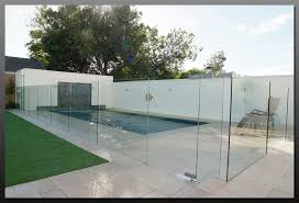 hartley glass pool fencing example 1 view image