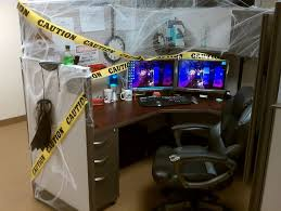 halloween office decoration. officethings to consider when adding halloween decorations for office stylish design schemes with wooden deak and laminated decoration