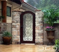 dynamic garage door