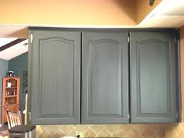 how to paint laminated kitchen cabinets chalk paint laminate kitchen cabinets painting laminate kitchen cabinets with