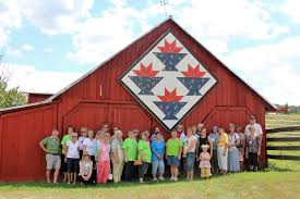 National QUILT TRAIL Gathering & Quilt Trail Gathering/Barn Quilt Barn Motor Coach Tour Participants at  Homestead Farm, Johnson City, TN, August 13, 2016. Adamdwight.com