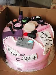 Shopping Birthday Cakes