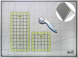 <b>Cutting</b> Mat A2 Foldable Self Healing Metric Craft Board / Quilting ...