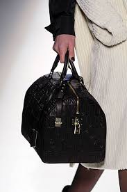louis vuitton 2008 handbag collection. louis vuitton speedy in black leather 2008 handbag collection l