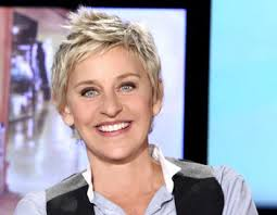 The Ellen DeGeneres Show hits a series high in total viewers the week of December 9,, garnering 4.4 million Total Viewers. The show featured its annual 12 ... - Ellen_Degeneres_004-350x272